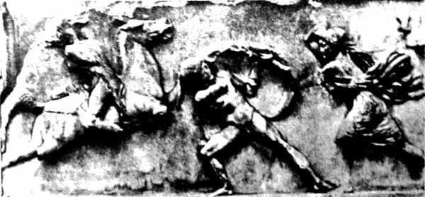 Амазонки отличались в бою силой и отвагой. Рельев с гробницы царя Мавсола, 350 г. до н.э.